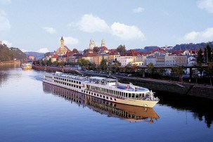 cruising the river danube