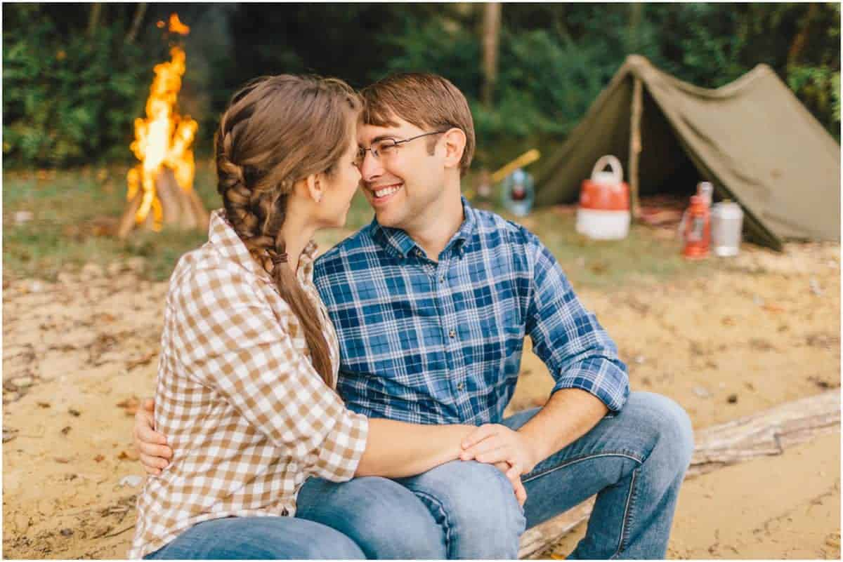 camping for romantic couples
