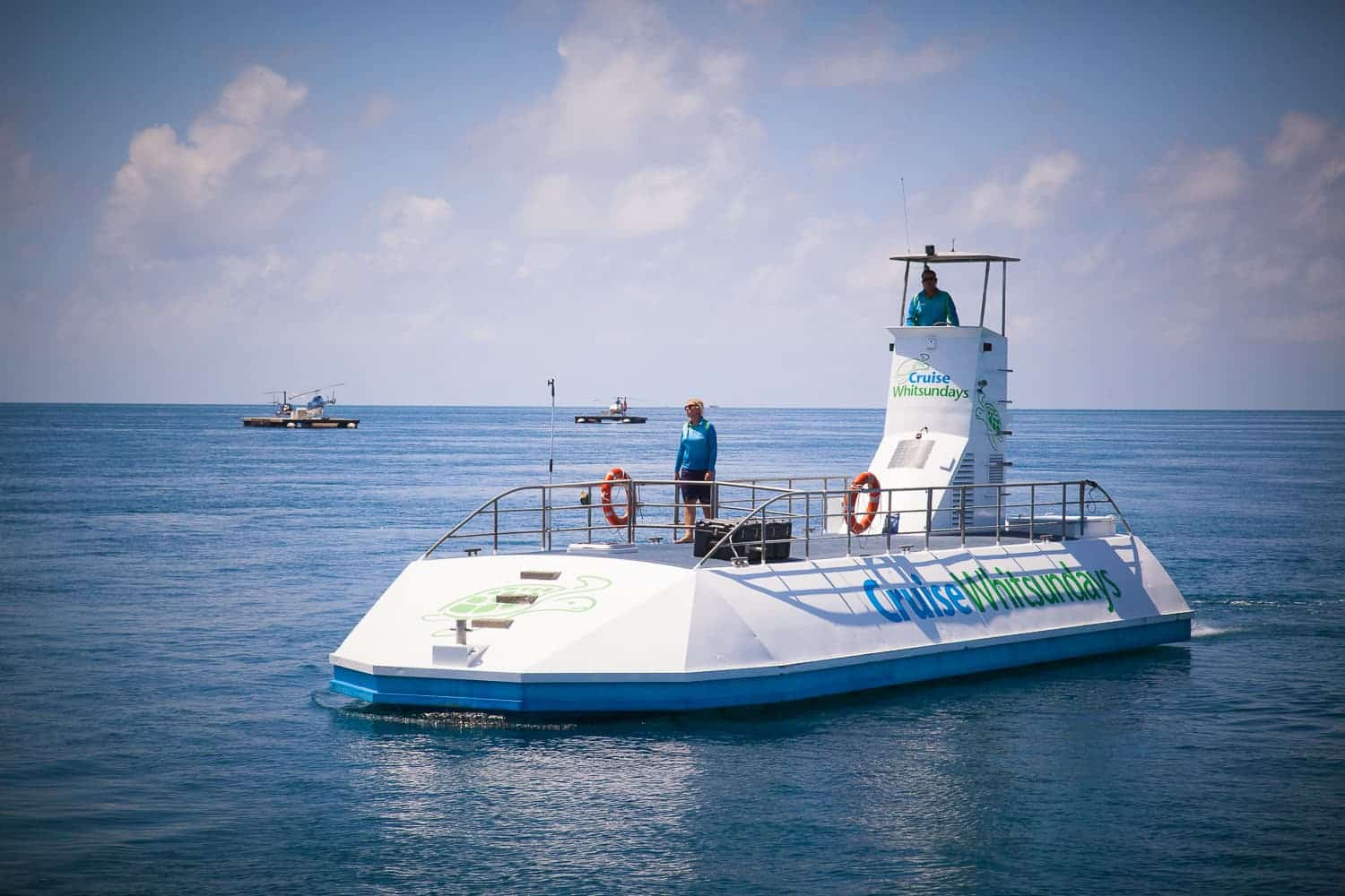 Semi-submersible tour of Hardy Reef